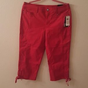 Style & Co. Tummy-Control Lace-Up Capri Pants RED